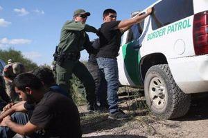 Thống đốc Mê-xi-cô ra lệnh ngừng bắt giữ dân di cư ở biên giới