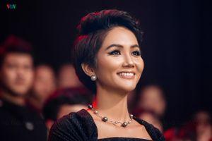 H'Hen Niê và dàn mẫu hàng đầu Việt Nam sang Úc trình diễn thời trang