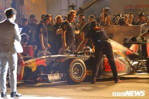 Trực tiếp 'Khởi động F1 Việt Nam Grand Prix': Siêu xe F1 xuất hiện tại Mỹ Đình