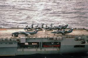 Nhìn lại vụ tiêm kích hạm siêu độc đáo của Liên Xô rơi ngoài khơi Việt Nam