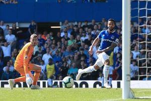 Thua tan nát Everton 0-4, Man United xa dần tốp 4