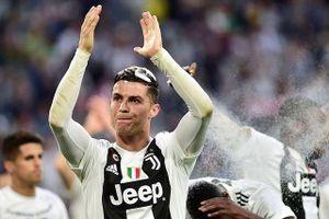 Ronaldo cùng Juventus lập kỷ lục 'vô tiền khoáng hậu'