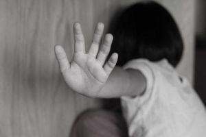 Điều tra vụ bé gái nghi bị cụ ông xâm hại
