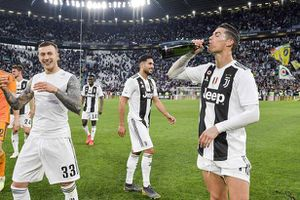 Ronaldo nói điều bất ngờ về tương lai sau chức vô địch Serie A
