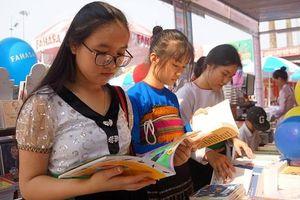 Thanh Hóa: Khai mạc triển lãm sách nhân Ngày sách Việt Nam lần thứ 6