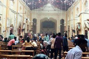 Nổ hàng loạt rung chuyển Sri Lanka