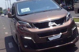 'Tóm gọn' xe MPV Peugeot Traveller lăn bánh tại Đà Nẵng