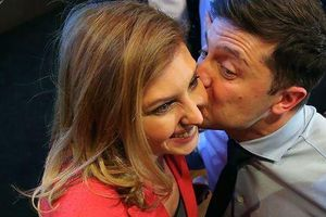 Hé lộ danh tính phu nhân diễn viên hài vừa đắc cử tổng thống Ukraine