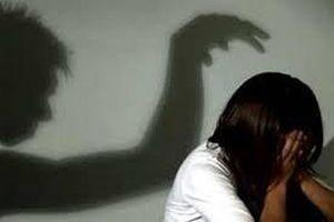 Khởi tố vụ thiếu niên 16 tuổi hiếp dâm 2 bé gái 8 tuổi ở Cà Mau