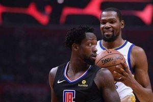 Kevin Durant tỏa sáng, Golden State Warriors sáng cửa đi tiếp