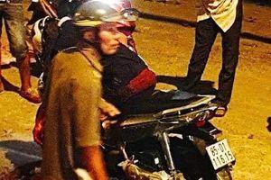 Truy bắt 2 đối tượng đâm gục người đàn ông sau va chạm xe máy ở Sài Gòn
