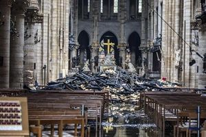 Cải tạo nhà thờ Đức Bà Paris có thể tốn bao nhiêu tiền?