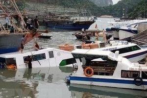 Tàu chở khách du lịch bị chìm tại cảng Cái Rồng, Quảng Ninh