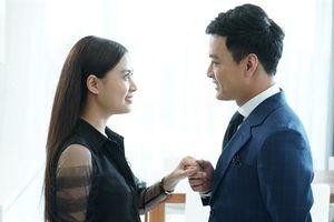 Hoàng Thùy Linh đóng 'cảnh nóng', 'tình cũ' nói điều bí mật