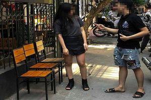 Bạn gái đòi ăn KFC, chàng trai đưa đi ăn bánh mì chảo và cái kết đắng
