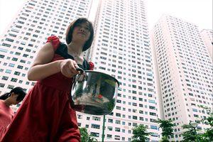 Cao điểm nắng nóng tại Hà Nội: Mất nước có 'đến hẹn lại lên'?