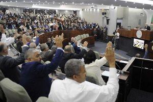 Algeria rấp rút chuẩn bị bầu cử tổng thống