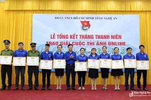 Khen thưởng 37 tổ chức đoàn, 20 cá nhân hoạt động tình nguyện và Tháng Thanh niên