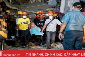 Cứu hộ Philippines làm việc xuyên đêm tìm kiếm hàng chục người nghi bị vùi lấp do động đất