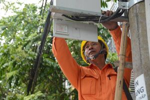 Giá điện tăng cao, đây là những cách đơn giản để tiết kiệm tiền điện