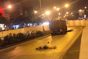Xe máy va chạm xe tải 'hổ vồ', nam thanh niên tử vong tại chỗ