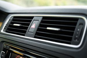 Chăm sóc điều hòa ô tô mùa nóng sao cho đúng cách?