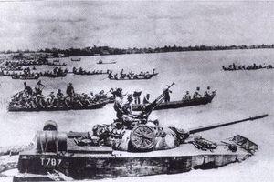 Trận thủy chiến 'vô tiền khoáng hậu' của binh chủng Tăng- Thiết giáp