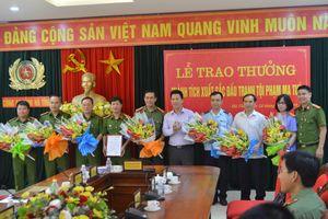 Hà Tĩnh trao thưởng các lực lượng đấu tranh triệt phá vụ ma túy 'khủng'