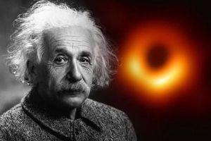 Chấn động 'tiên tri' của thiên tài Eisten về hố đen vũ trụ