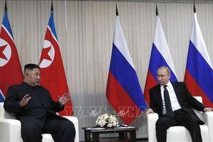 Cuộc gặp kín Vladimir Putin - Kim Jong-un kéo dài gấp đôi thời gian dự kiến