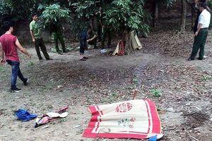Hà Nội: Phát hiện thi thể bé trai 7 tuổi trong vườn nhà bác rể