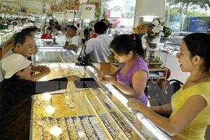 Giá vàng đã xuống vùng hấp dẫn?