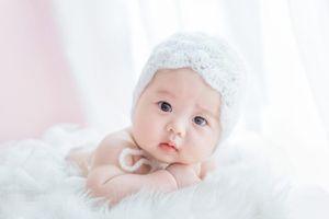 Chụp ảnh nghệ thuật cho trẻ sơ sinh: Những điều cha mẹ cần lưu ý tránh gây nguy hiểm cho bé