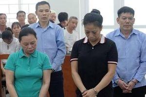 Ba án tử hình trong đường dây mua bán 18 bánh heroin ở Hà Nội