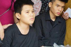 Trường THPT Phan Huy Chú sẽ nhận và miễn toàn bộ học phí cho con trai nữ lao công bị 'xe điên' tông tử vong