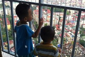 Các biện pháp đảm bảo an toàn cho trẻ nhỏ tại các khu chung cư