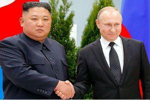 Ông Putin - Kim xích lại gần nhau