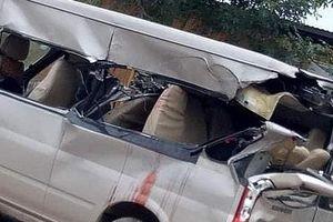 Bắc Giang: Va chạm giữa xe 16 chỗ và xe tải, 3 người thương vong