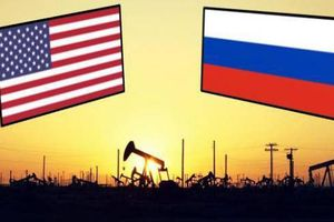 Thị trường dầu mỏ: Liệu có sự 'đổi ngôi'?