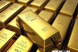 Giá vàng thế giới 'vọt' lên mức cao nhất hơn một tuần qua