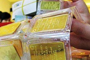 Chính phủ Mỹ làm 'nóng' thị trường, vàng tăng giá mạnh