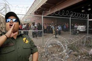 Ông Trump muốn tăng quân biên giới Mexico