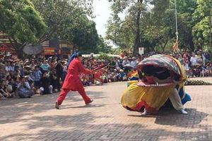 Tưng bừng Lễ hội làng Lệ Mật