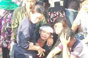 Đau xé lòng đưa 3 nạn nhân vụ thảm sát ở Bình Dương về nơi an nghỉ