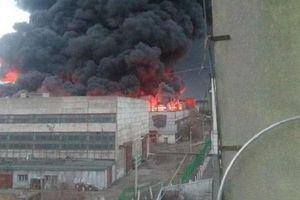Cháy nhà máy chế tạo tên lửa đạn đạo của Nga