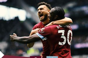 Tottenham 0-1 West Ham: Thánh địa thất thủ
