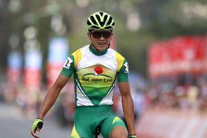 Ngô Văn Phương lần đầu thắng chặng đua Cúp Truyền Hình