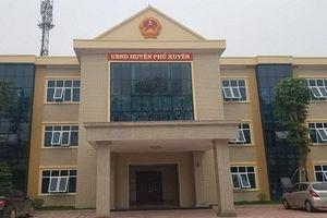 Trụ sở UBND huyện Phú Xuyên, Hà Nội nghi bị chôn bùa trấn yểm?