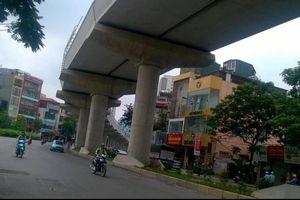 Đường phố Hà Nội vắng đến không ngờ ngày nghỉ lễ