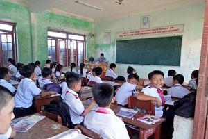 Quảng Ngãi khẩn trương giải quyết lương cho gần 800 giáo viên